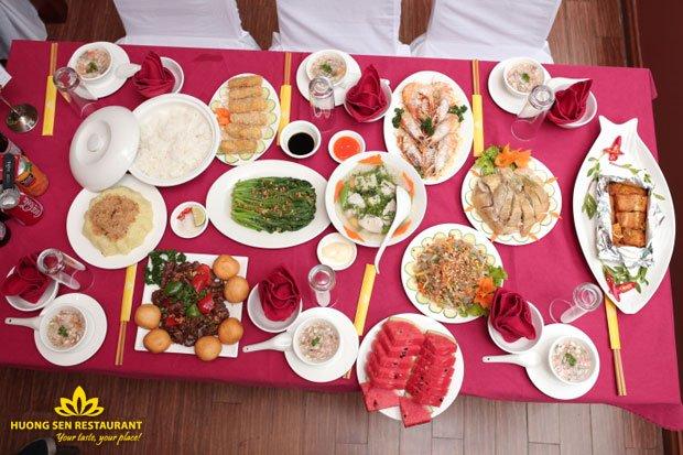 thực đơn buffet trưa
