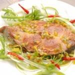Cá Ngừ Sốt Dầu Giấm Chanh Dây