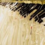 Cách Tiết Kiệm Khi Tìm Mua Váy Cưới