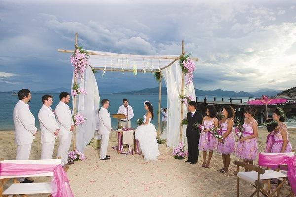 lễ cưới bãi biển đẹp