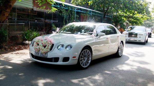 xe đưa đón cô dâu