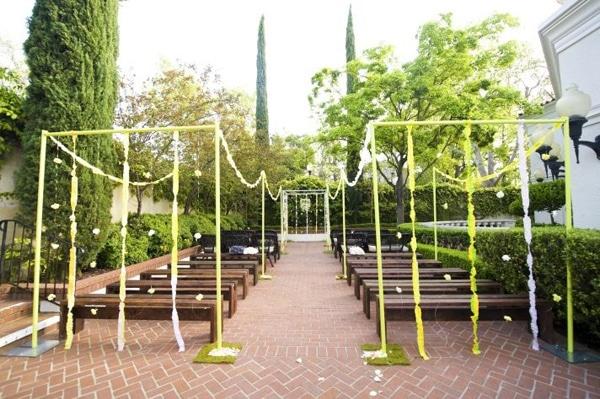 trang hoàng cho cổng cưới