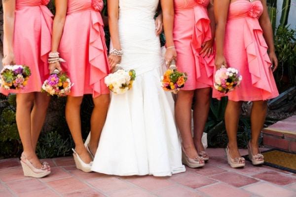 váy cho phù dâu