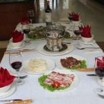 Lẩu hải sản thơm ngon và bổ dưỡng tại nhà hàng Hương Sen