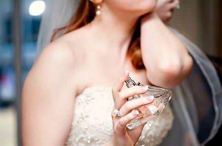 nước hoa trong đám cưới