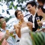 Những điều nên tránh để khiến khách mời hài lòng khi dự tiệc