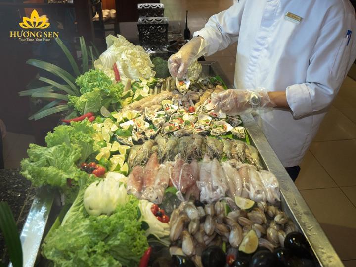 Buffet hải sản Hương Sen