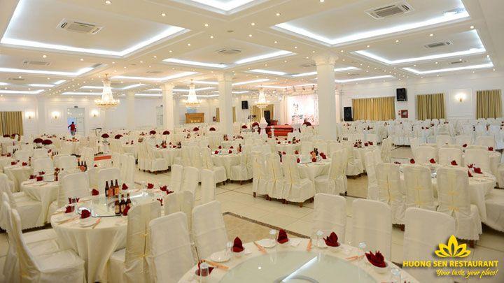tiệc hội nghị tại Hương Sen
