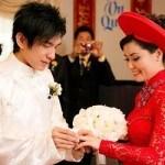 Công viêc chuẩn bị lễ cưới cho cô dâu chú rể trong ngày cưới