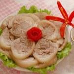 Bí quyết làm món chân giò bó thơm ngon hấp dẫn cho bữa cơm