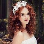 Cách chọn phụ kiện theo váy cưới giúp cô dâu trở nên xinh đẹp