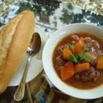 Cách làm món thịt bò sốt vang ngon cho bữa ăn ngày cuối tuần