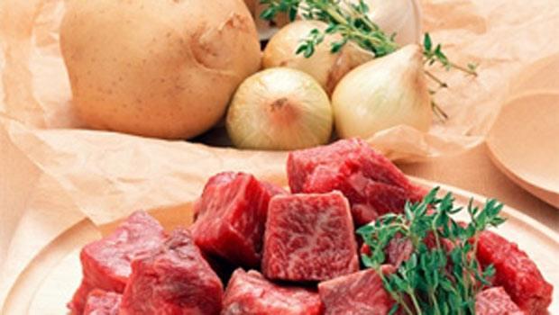 thịt bò sốt vang
