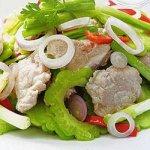 Hướng dẫn cách làm mướp đắng xào thịt ngon và hấp dẫn
