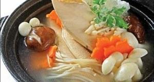 canh gà nấu nấm