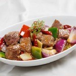 Cách làm món thịt bò xào cay cho bữa ăn hấp dẫn hơn
