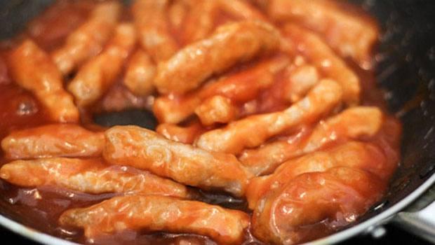 thịt sốt chua ngọt