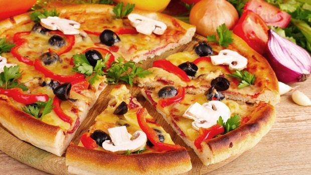 Image result for cách làm bánh pizza bằng nồi cơm điện