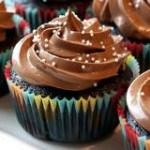 Cách làm bánh cupcake socola độc đáo vô cùng đơn giản