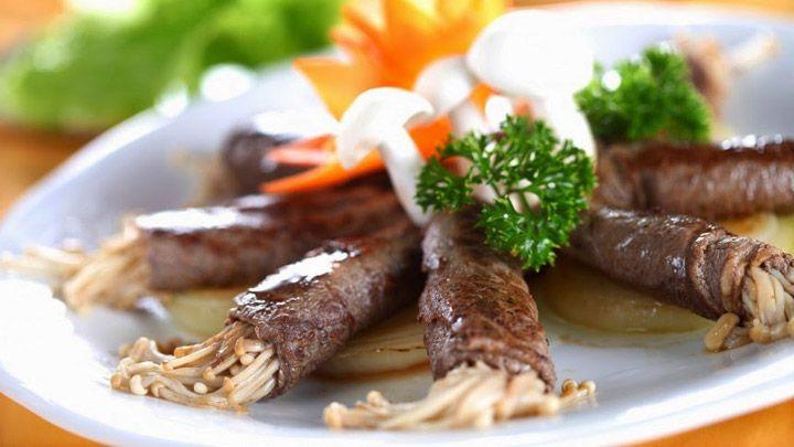 thịt bò cuốn nấm