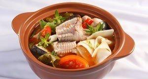 Cách nấu lẩu cá lăng măng chua hấp dẫn ngày cuối tuần