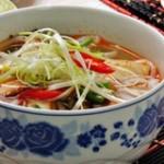 Cách nấu canh chua cá lóc miền Nam đổi vị bữa ăn gia đình