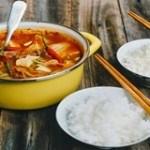 Canh thịt nấu chua món ngon cho thực đơn gia đình bạn