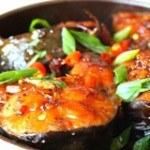 Cá thu sốt me chua ngọt kích thích vị giác cho bữa cơm thêm ngon miệng
