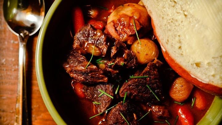 thịt rim rau củ