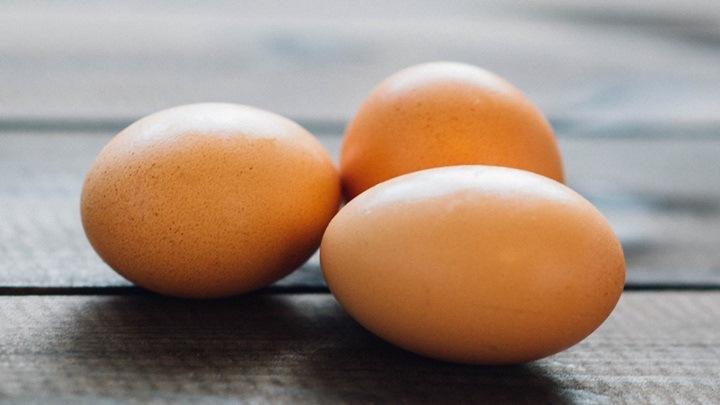 trứng tráng cuộn thịt