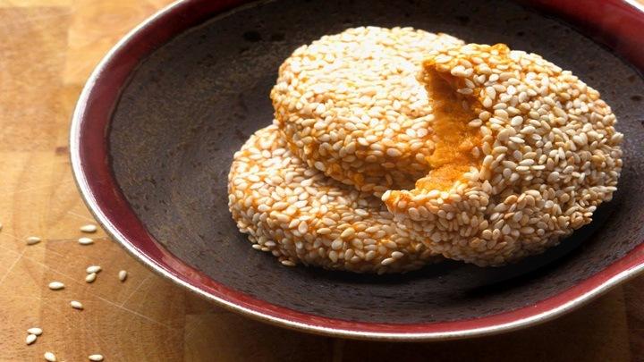 bánh khoai lang tẩm vừng