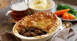 Pot pie bò nóng hổi hấp dẫn không thể chối từ