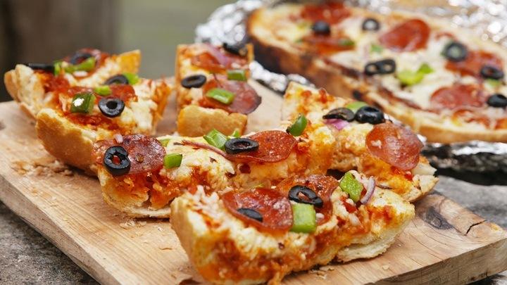 pizza banh mi kieu y 3
