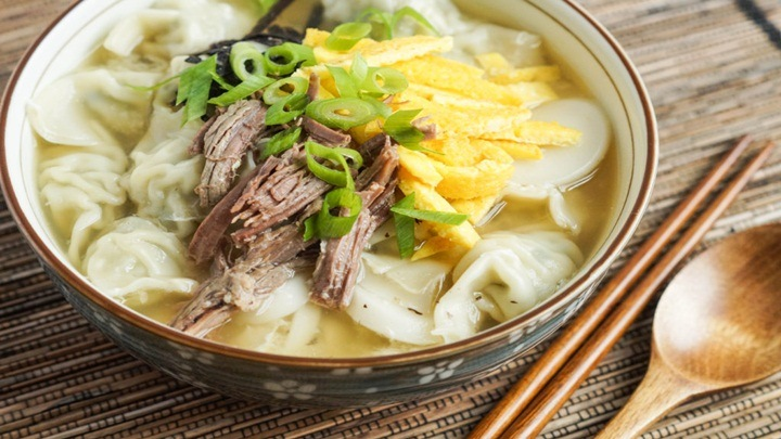 sup banh gao Han Quoc