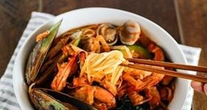 Mì hải sản cay Hàn Quốc món ngon ấm nồng chuẩn vị