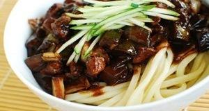 Mì sốt đậu đen Hàn Quốc, đổi vị bằng món ngon xứ Hàn
