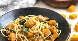 Spaghetti bí đỏ cho thực đơn bữa ăn chay thêm dinh dưỡng