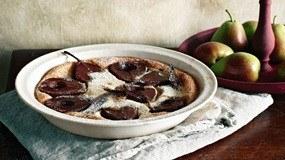 Cách làm bánh clafoutis lê hương vị Pháp đầy mới lạ