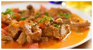 Thịt thăn bò sốt rượu vang ngon quyến rũ