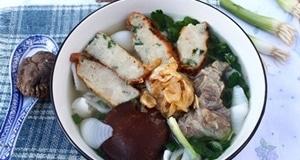 Thơm ngon đã thèm với món súp nui gạo chả cá
