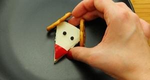 Tự làm phô mai tuần lộc đáng yêu cho mùa Giáng Sinh